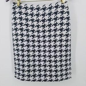Banana Republic Skirt 6 Houndstooth classic black
